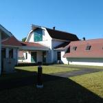 04- office-kennel north court.jpg